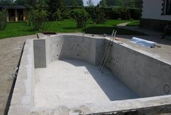 как самому сделать бассейн на даче фото