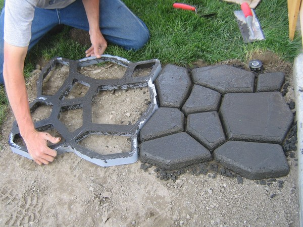 состав бетона для садовых дорожек фото