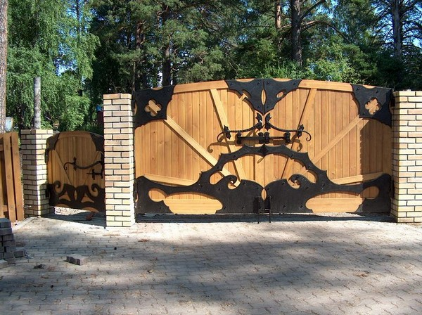 ворота с калиткой для дачи фото