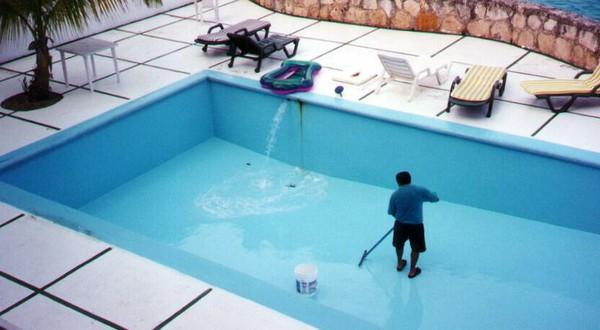 способы очистки воды в бассейне фото