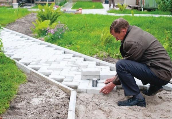 тротуарная плитка для дорожек на даче фото
