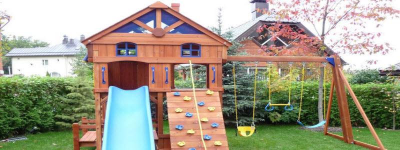 Детский домик на даче: варианты и принцип строительства