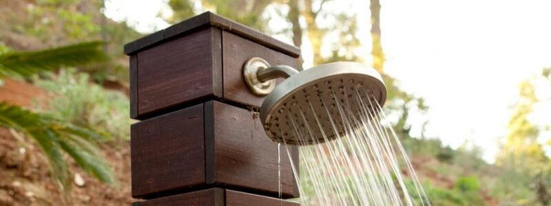 Дачный душ своими руками: выбор материала и самостоятельное изготовление