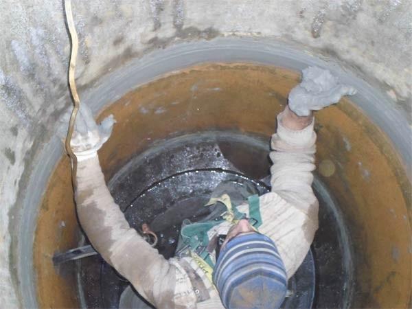 гидроизоляция колодца изнутри от грунтовых вод фото