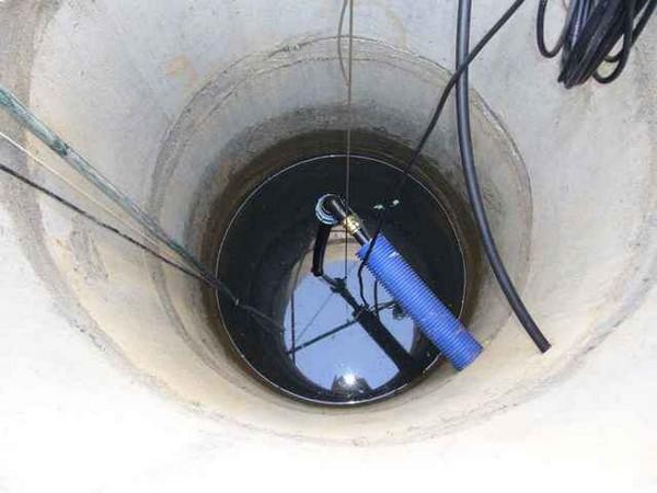 водопровод на даче с погружным насосом фото