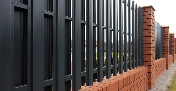 забор для дачи из штакетника фото