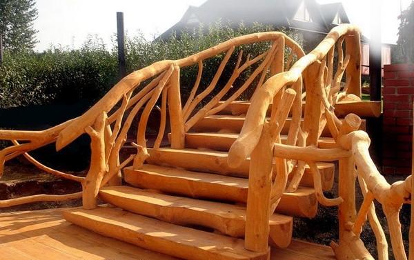 деревянные лестницы для дачи фото