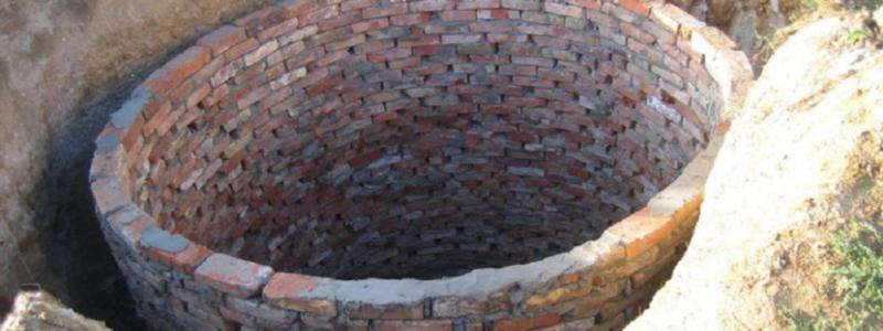Сливная яма: из чего и как построить