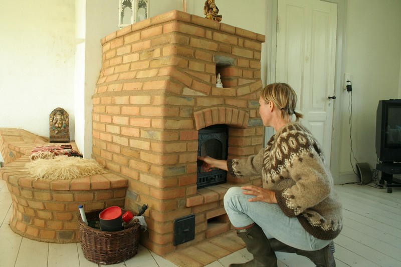 кирпичная печь камин для дачи длительного горения фото