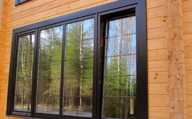 окно из дерева для дачи  фото