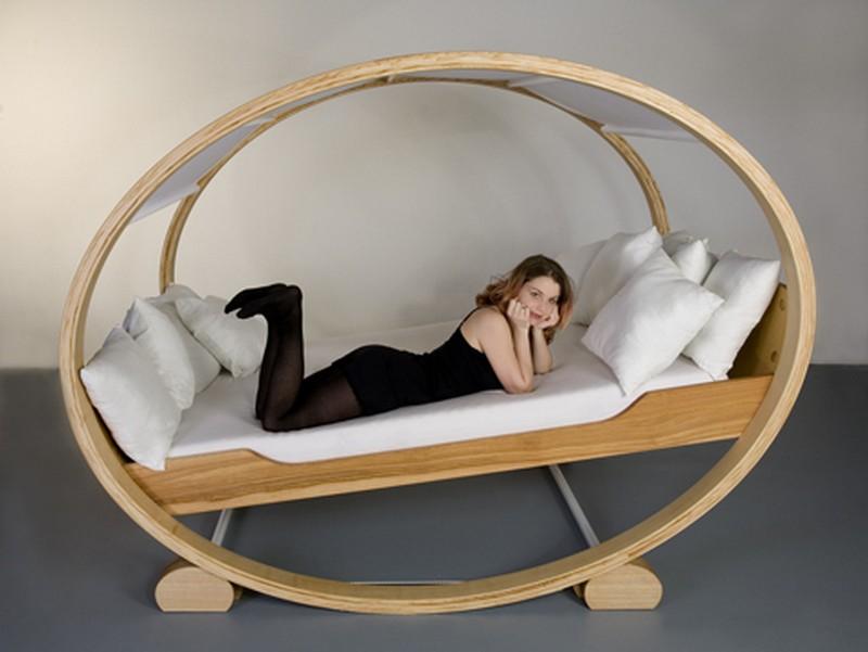 кровать для дачи своими руками фото