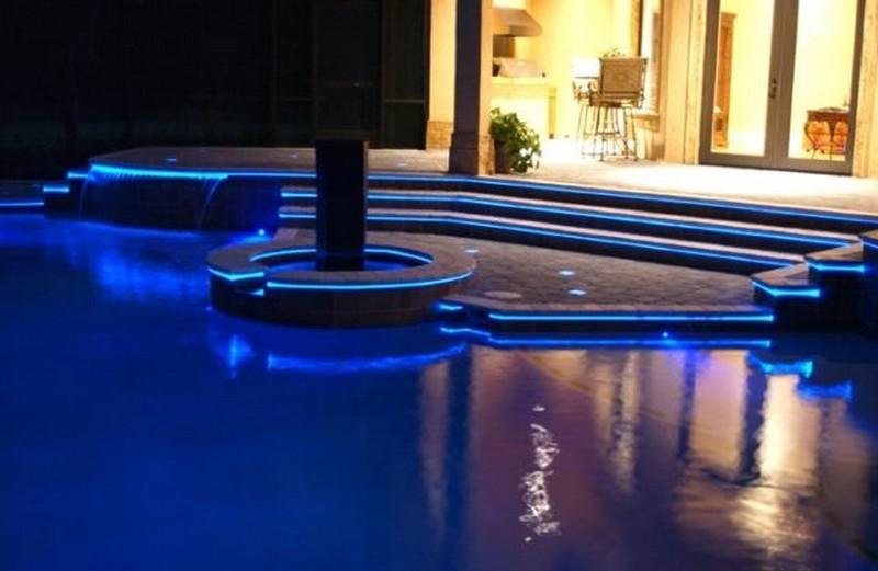 встраиваемые светильники для бассейна фото
