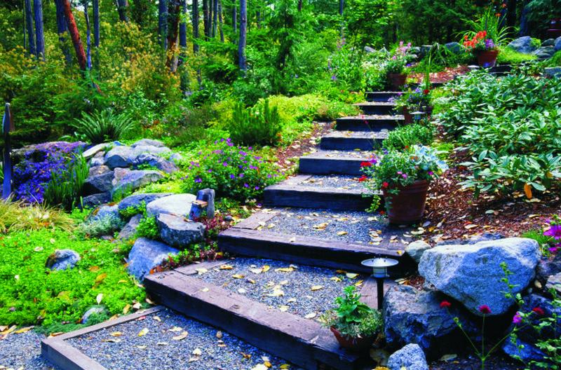лестница в саду своими руками фото