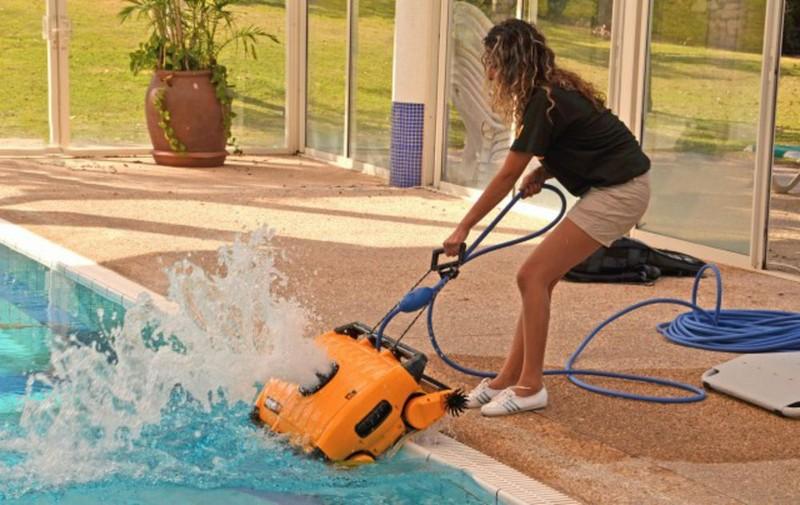 пылесос для очистки бассейна фото