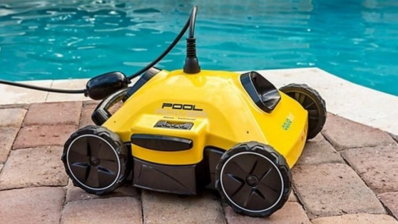 робот пылесос для бассейна фото