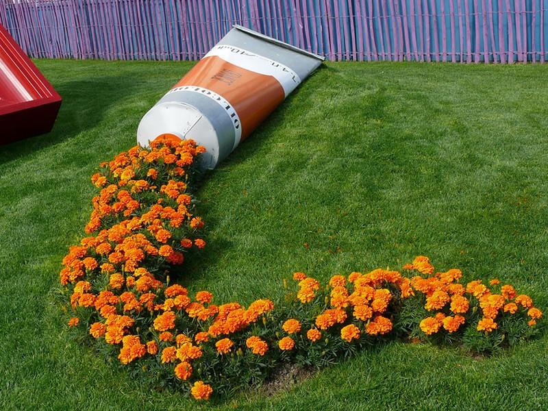 как украсить дачу цветами фото