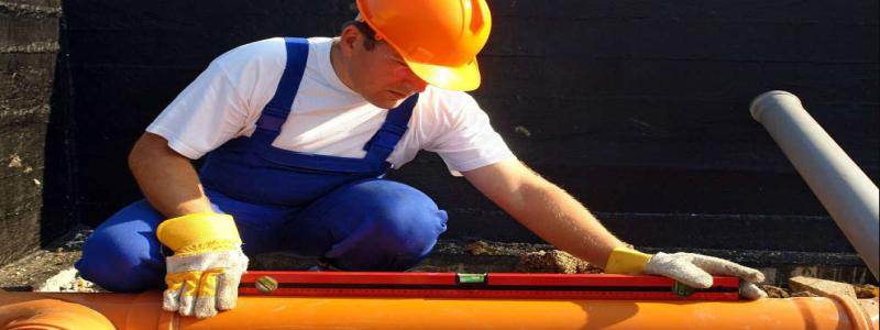 Прокладка канализационных труб: тонкости и нюансы