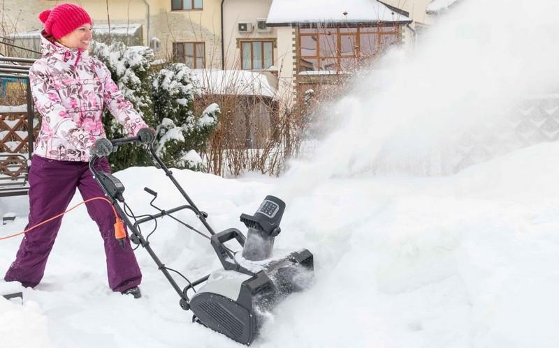 как выбрать снегоуборочную лопату фото
