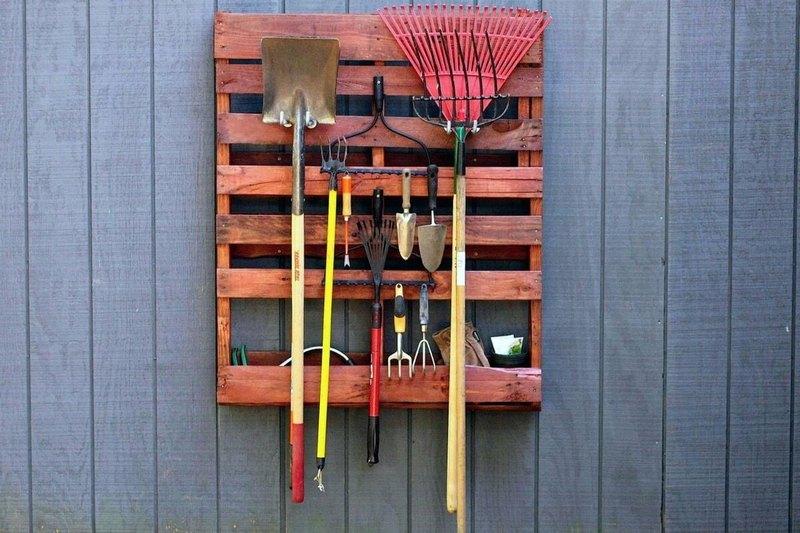 держатель для лопат и граблей фото