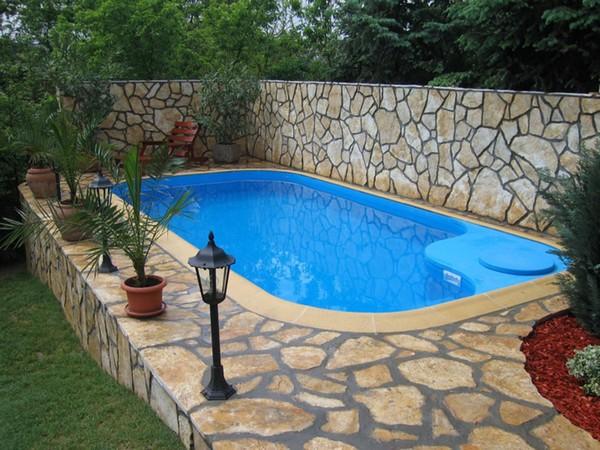 строительство бассейна на даче своими руками фото