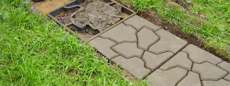 Садовая дорожка из бетона своими руками: варианты и технологии изготовления