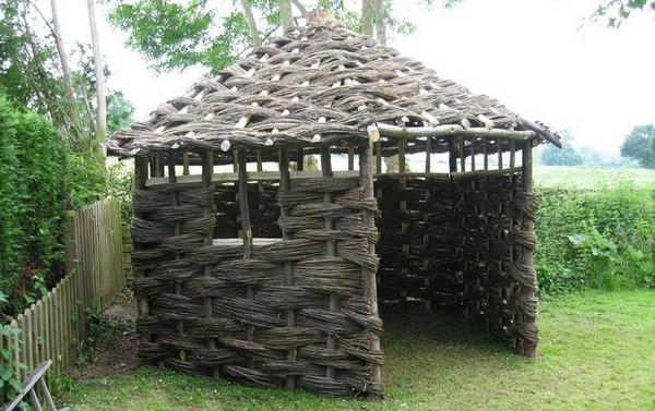 конструкция дровницы на даче фото