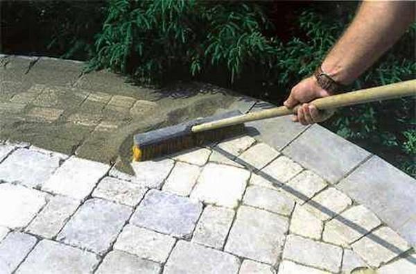 правила укладки тротуарной плитки на даче фото