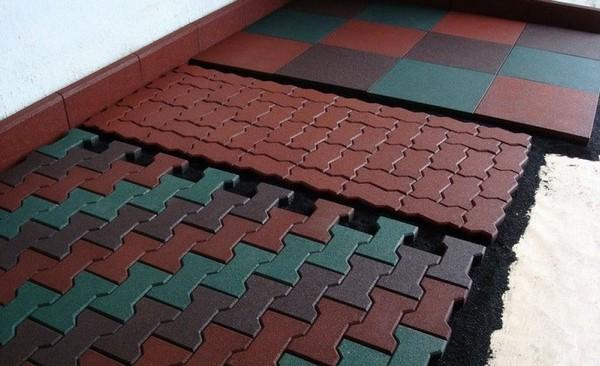 тротуарная резиновая плитка для дачи фото