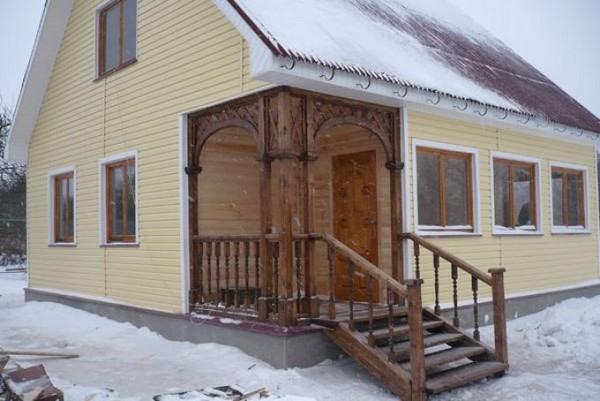 деревянное крыльцо на даче фото