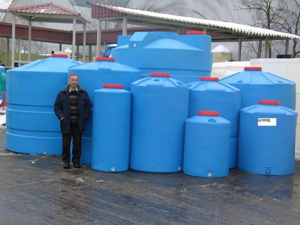 пластиковые емкости для воды на дачу фото