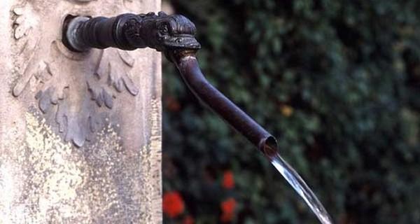 зимний водопровод на даче из колодца фото