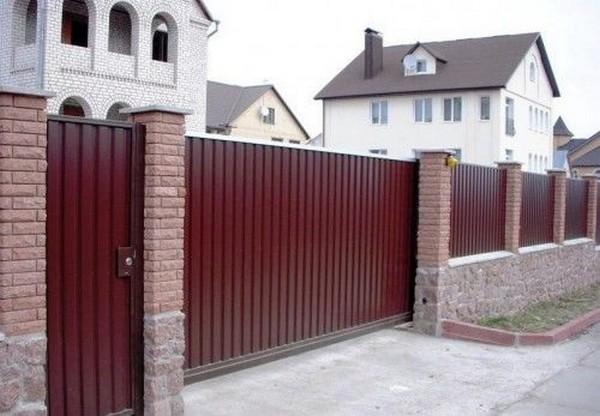 дачный забор из профнастила фото