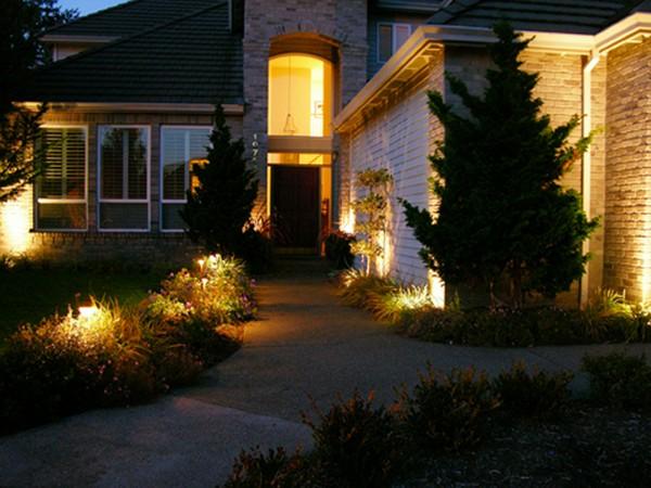 уличные светильники на дачу фото