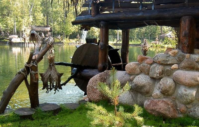 мельница водяное колесо фото