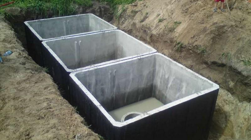 установка бетонных септиков фото