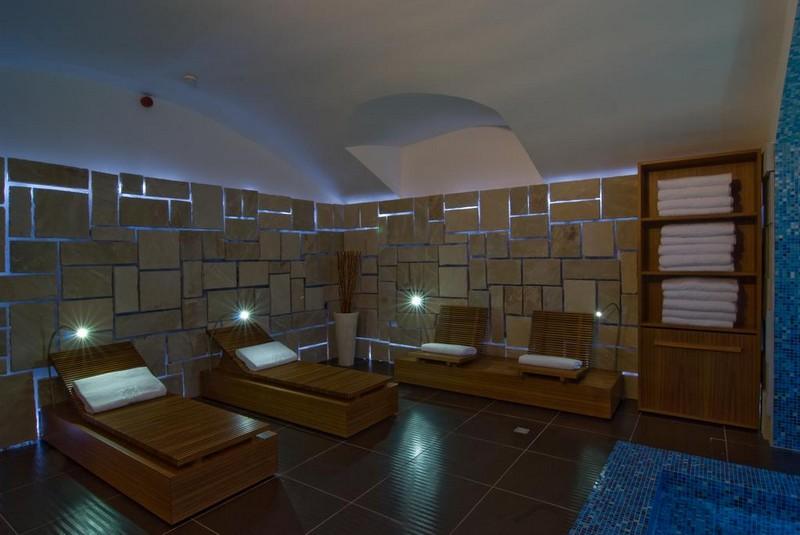 отделка комнаты отдыха в бане фото