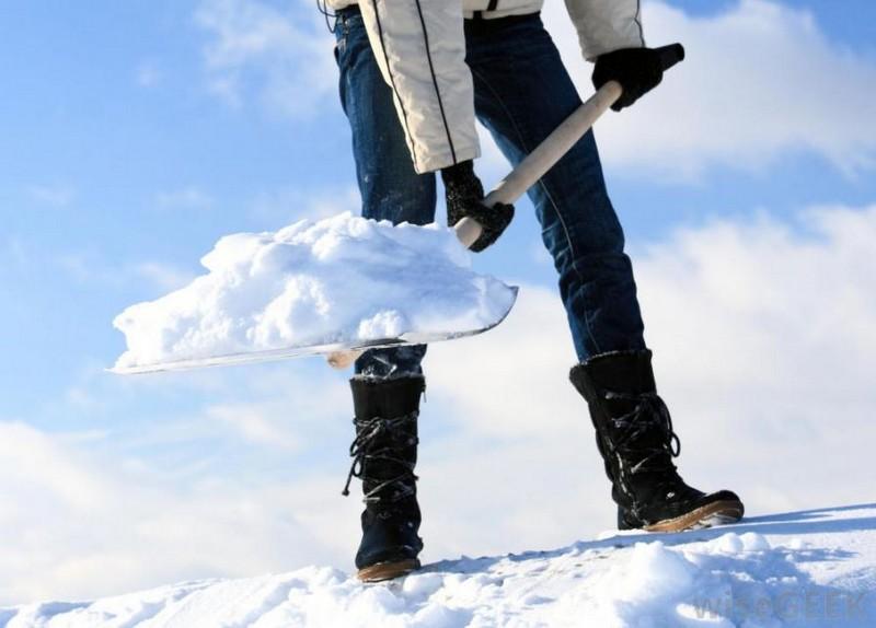 алюминиевая лопата для уборки снега фото