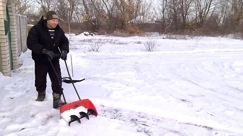 лопаты для уборки снега со шнеком фото