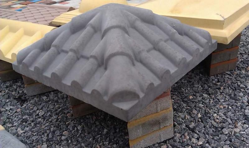 колпаки бетонные на столбы забора фото